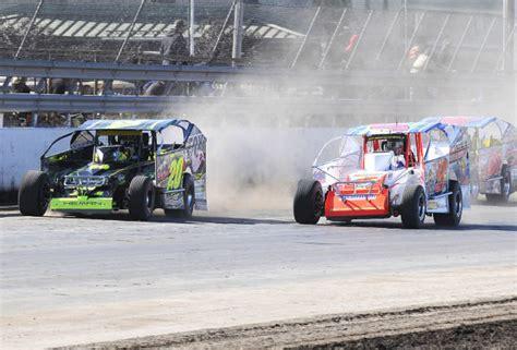 stewart friesen claims third syracuse 200 victory with