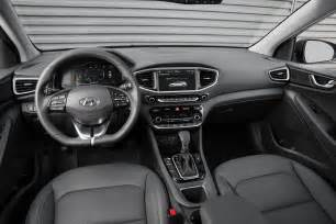 Hyundai De Hyundai Ioniq 2017 Tableau De Bord Hybrid Actualit 233 S