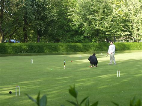 backyard croquet choosing a backyard croquet set