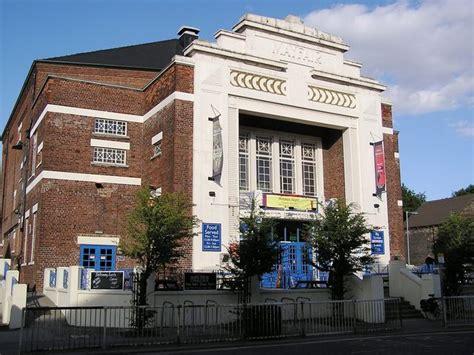 cineplex hull mayfair cinema in hull gb cinema treasures