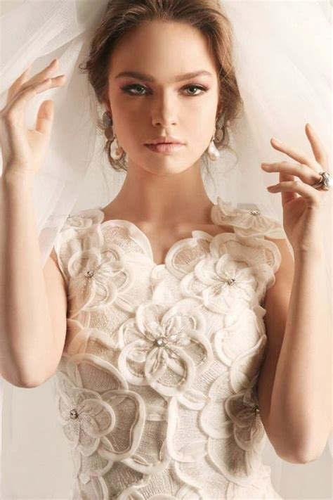 5 Bridal Gown Trends by 5 Wedding Dress Trends For 2014