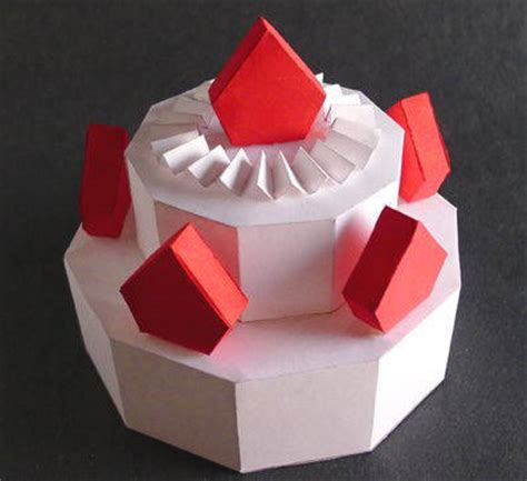 Papercraft Cake - simple cake papercraft for free template