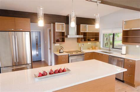 Kitchen Pendant Lighting Island Mid Century Modern Coastal Getaway Midcentury Kitchen