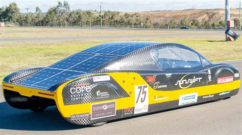 Solar Powered Cruise Cars Use The Sun On The Golf Course by Driving The Future On With Unsw S Sunswift Solar