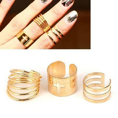 Cincin Korea Shape Decorated Simple 0aa7bb hurley gold color hollow out cross design 3pcs set