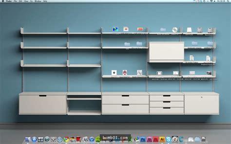 Bookshelf Organization 通常電腦桌面不是太凌亂就是太無聊 但是神人同事的卻能一眼就抓住大家的目光 Bomb01