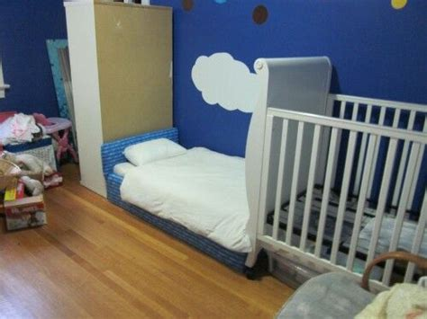when to transition from crib to toddler bed crib to toddler bed transition 4babies pinterest