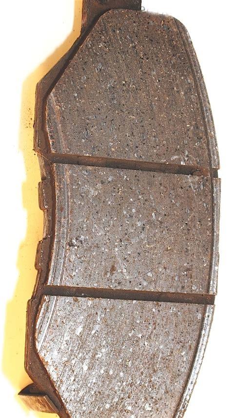 understanding brake pad wear patterns