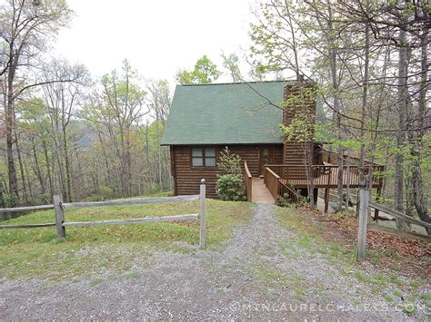 4 bedroom cabins in gatlinburg tn morningside a 4 bedroom cabin in gatlinburg tennessee