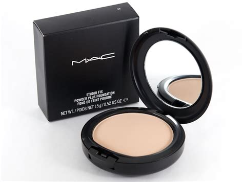 Mac Powder powder foundation vs liquid foundation