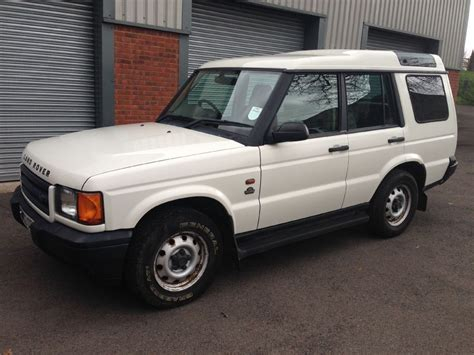 used land rover discovery for sale object moved