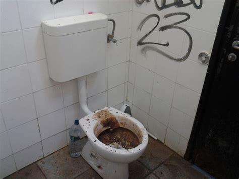 pulizia bagni alassio emergenza pulizia dei bagni pubblici progetto