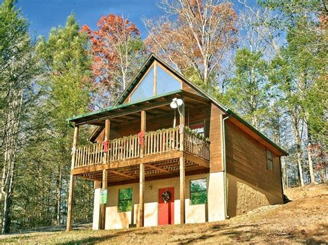 Vrbo Gatlinburg 5 Bedroom by Gatlinburg Cabin Always Misbehavin 1412 Vrbo