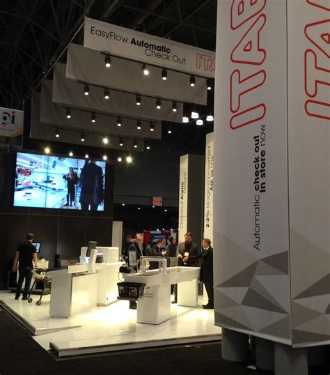 booth design lighting trade show tips booth display ideas metro exhibits