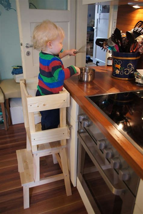 kitchen helper stool ikea gl 252 cksfl 252 gel bauanleitung f 252 r einen learning tower