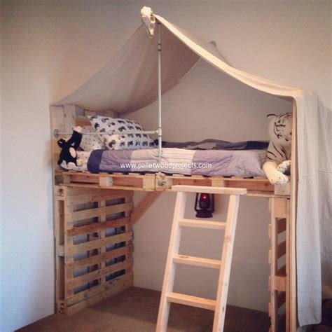 kids pallet bed toddlers beds made from wooden pallets pallet wood projects