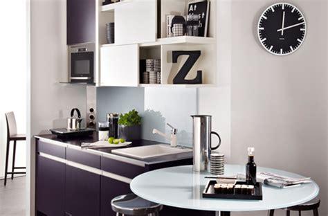 Cuisine Moderne Noir Et Blanche by Le Noir Et Blanc Dans La Cuisine C Est Moderne Darty Vous