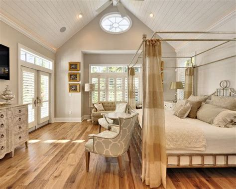 Idee Deco Chambre Adulte Gris 3248 by 17 Best Ideas About Vaulted Ceiling Bedroom On