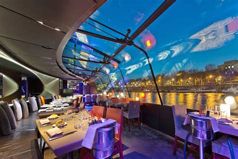 bateau mouche diner paris bateaux parisiens nos croisi 232 res sur la seine