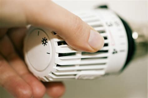 verwarming badkamer warmtepomp vierboom hti verwarming en sanitair