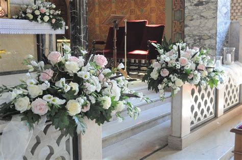 composizioni fiori matrimonio chiesa addobbi floreali in chiesa fiorista fiori per