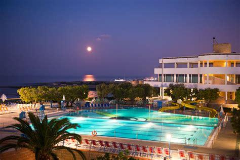 appartamenti trivago hotel con appartamenti cala corvino resort monopoli