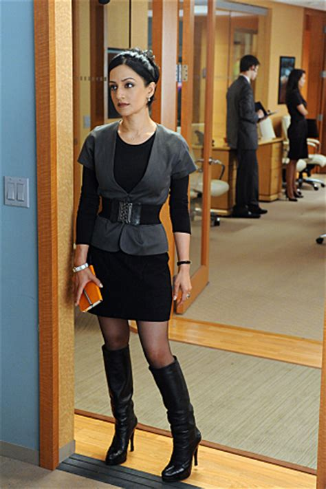 Kalinda Sharma Wardrobe by Tv Alert Quot The Quot Returns To Cbs Afterellen