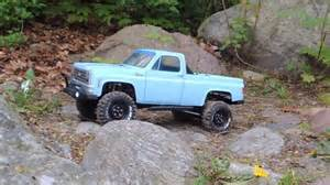 axial scx 10 with pro line 80s chevy blazer