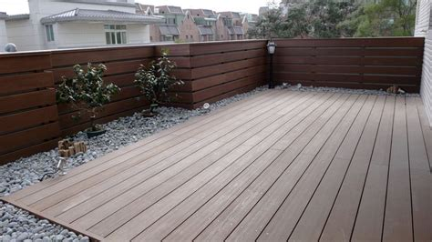 Wood Patio Flooring by Deck Tiles And Wood Decking Tiles By Hardwoodhome Outdoor