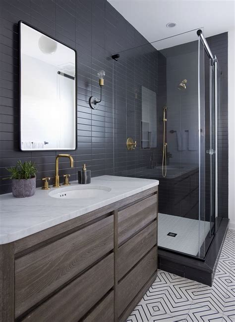 Modern Bathroom Design Nyc Sleek Modern Bathroom With Glossy Tiled Walls