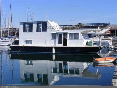 chris craft houseboats chris craft aquahome 46 house boat in sa 244 ne et loire