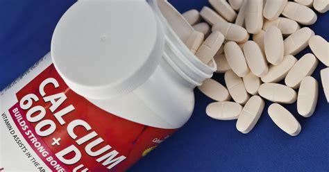 Suplemen Kalsium vitamin d and calcium fail colon cancer prevention test