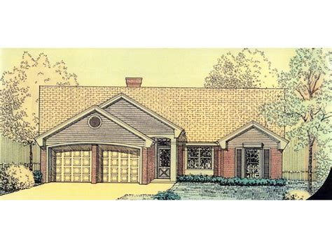 narrow lot ranch house plans grigsby narrow lot ranch home plan 036d 0168 house plans