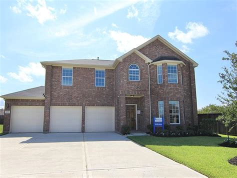 saltgrass crossing new home community in lamarque