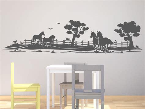 Wandtattoo Kinderzimmer Mädchen Pferde by Wandtattoo Landschaft Mit Pferden Wandtattoo De