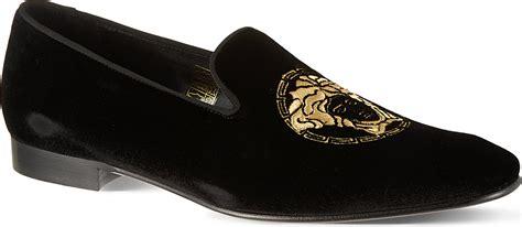 versace slippers medusa versace medusa slippers in black lyst