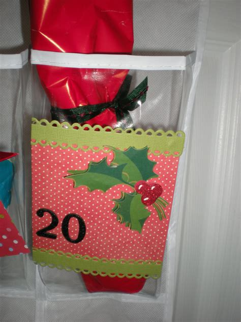 diy christmas countdown gift holder confettistyle