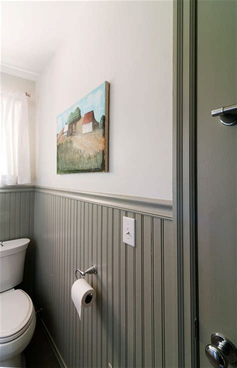 Wainscoting Painting by 25 Best Ideas About Bead Board Bathroom On