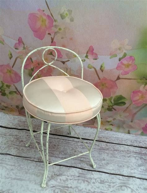 shabby chic vanity chair vintage shabby chic vanity chair haute juice