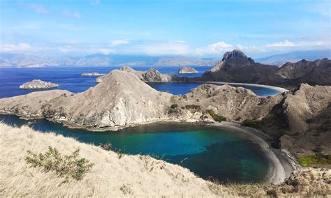 labuan bajo travel guide komodo national park remote