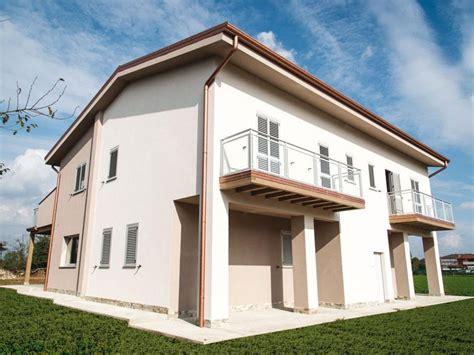 casa dalmine casa in legno modello dalmine bergamo di building evolution