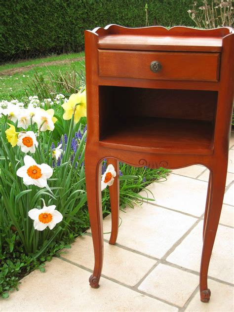 Le Table by Un Chevet Relook 233 D 233 J 224 Parti Patines Couleurs