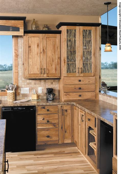 natural hickory kitchen cabinets 25 best ideas about rustic hickory cabinets on pinterest