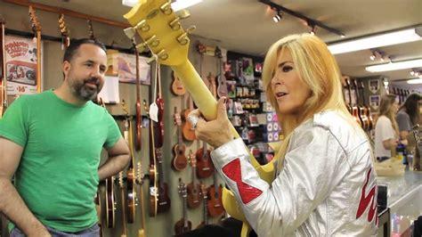 matt umanov guitar shopping with lita ford on metal injection