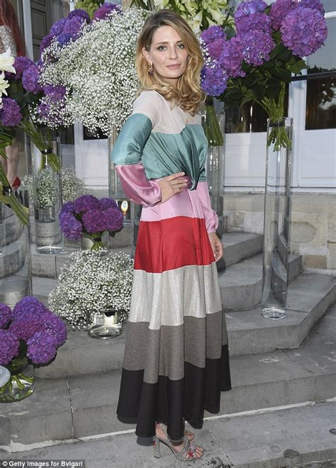 Mischa Barton Fashion Multi Tasker by Mischa Barton Looks Carefree And Relaxed As She Dons