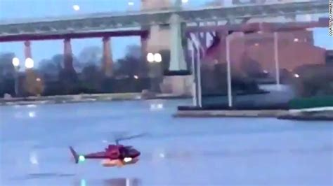 doors helicopter crash nyc nyc helicopter crash puts scrutiny on harnesses in open