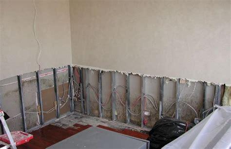 come isolare una parete interna dall umidità muffa umidit 224 e condensa tutto il mondo cartongesso