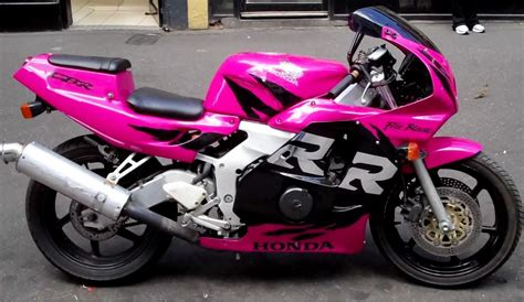 pink motocross 30 pictures that proof the world is better in pink