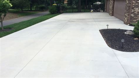 how much does a concrete driveway cost angie s list