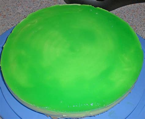 waldmeister creme kuchen mai torte mit waldmeister dickmilch creme rezept mit